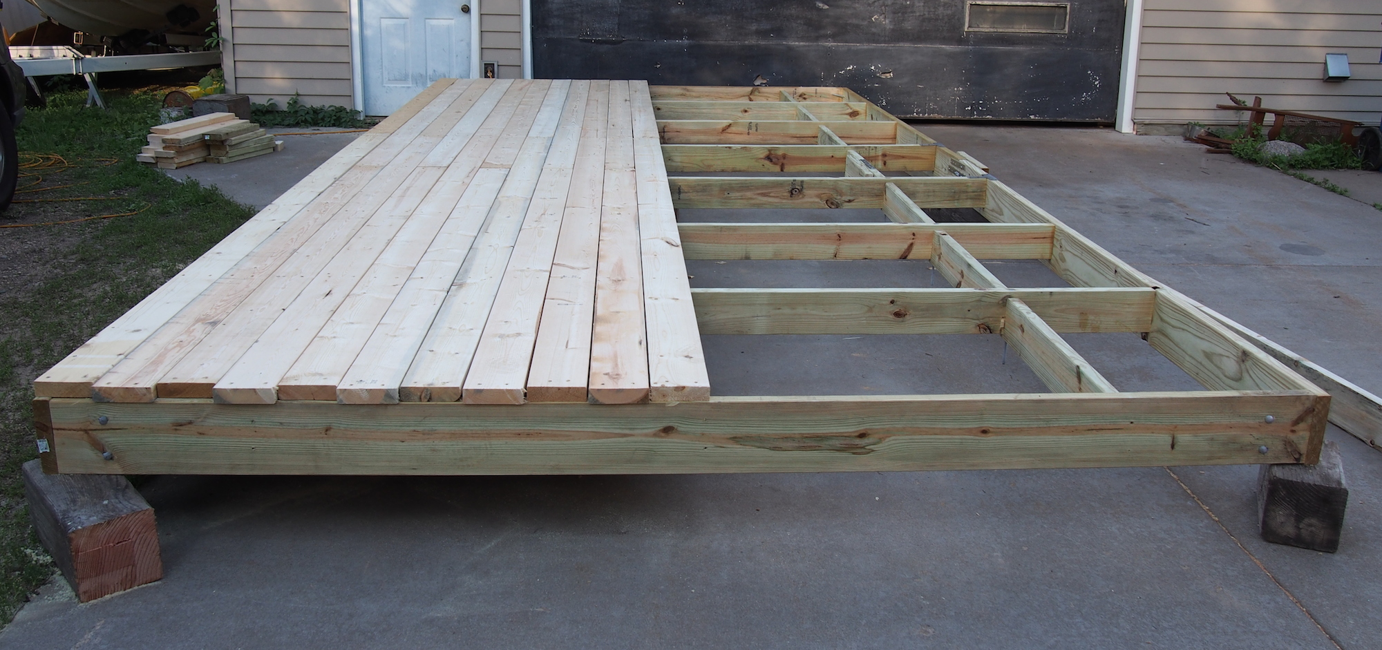 Building A Deck Bench